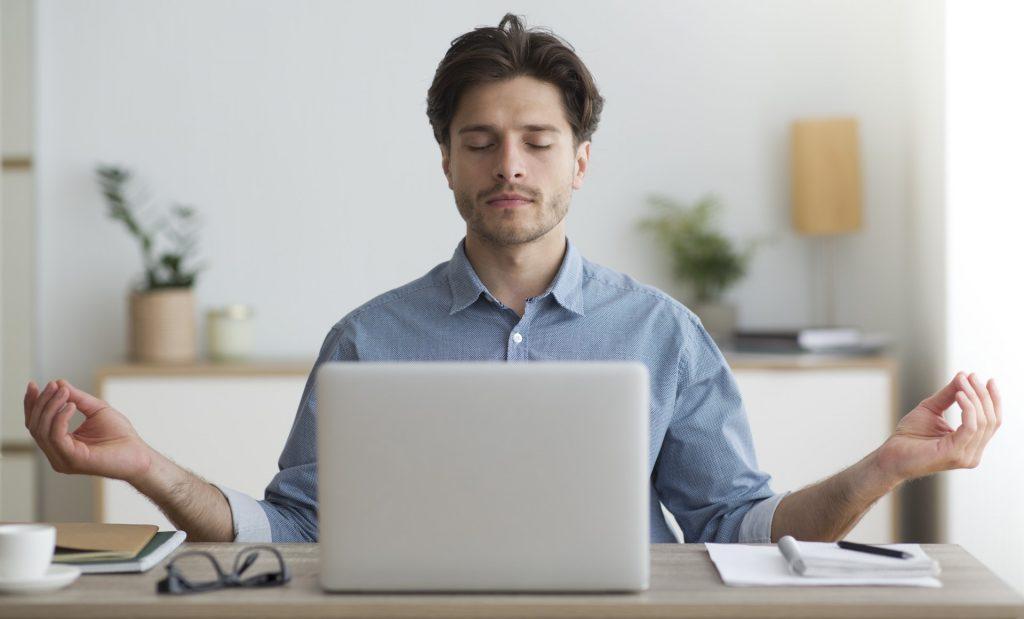 Engenheiro Criativo praticando Mindfulness